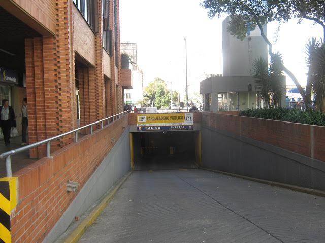 Parqueo Subterraneo Calle 85 Carrera 15, Bogota.